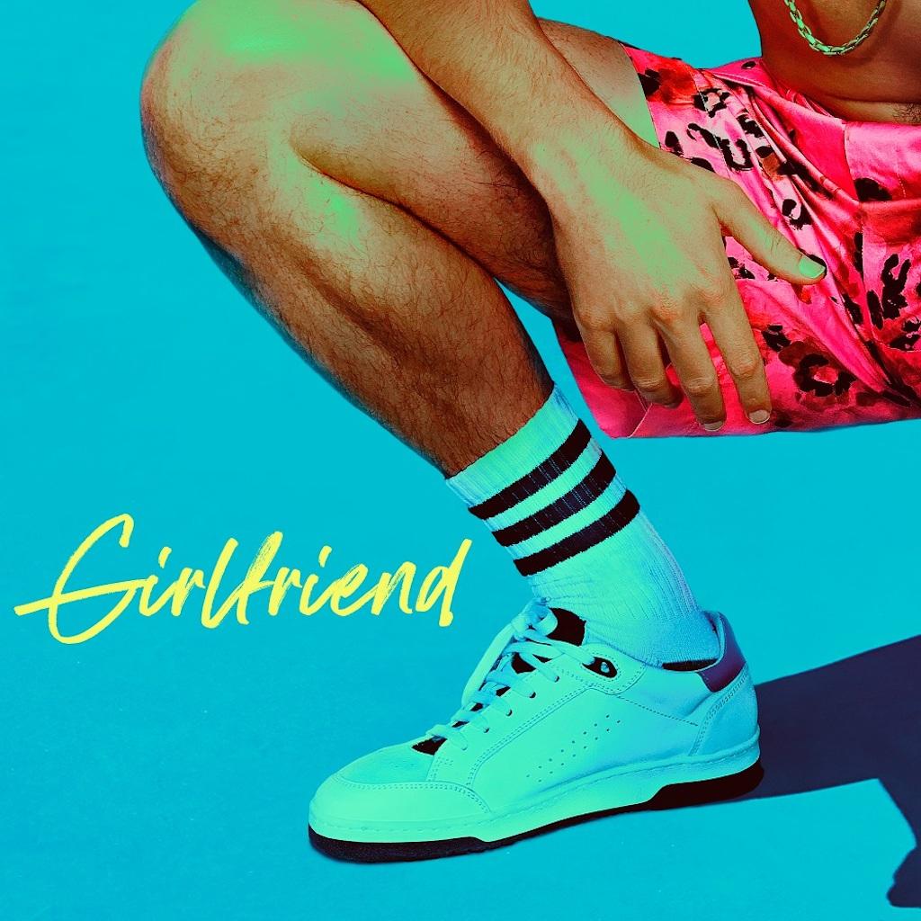 シングル「Girlfriend」(ガールフレンド)