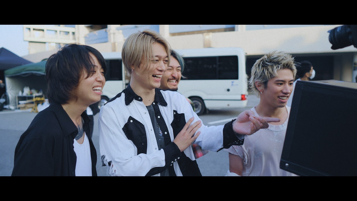 Netflix ドキュメンタリー『Flip a Coin -ONE OK ROCK Documentary-』